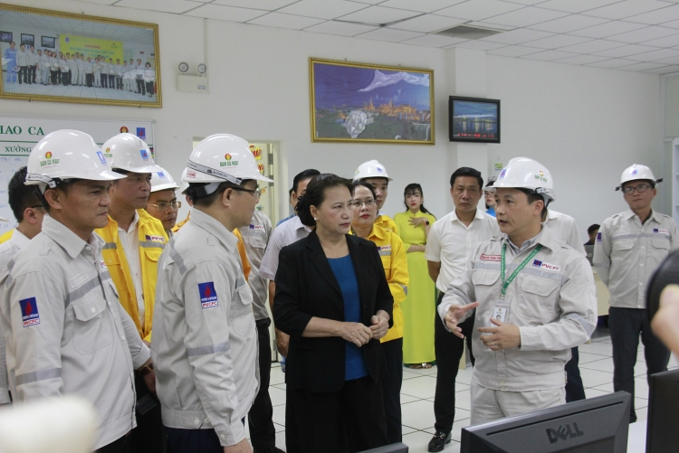 Chairwoman of the National Assembly Nguyen Thi Kim Ngan: PVCFC is the model of Petrovietnam